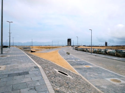 Finished section of the Eko Boulevard