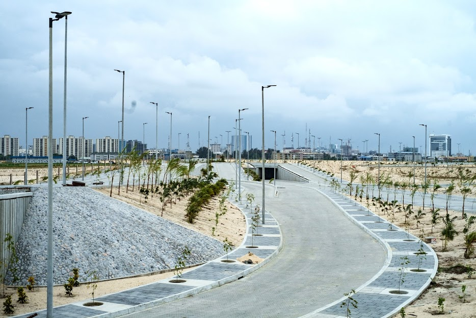 LANDSCAPING ON ROADS ADJACENT TO EKO ENERGY ESTATE