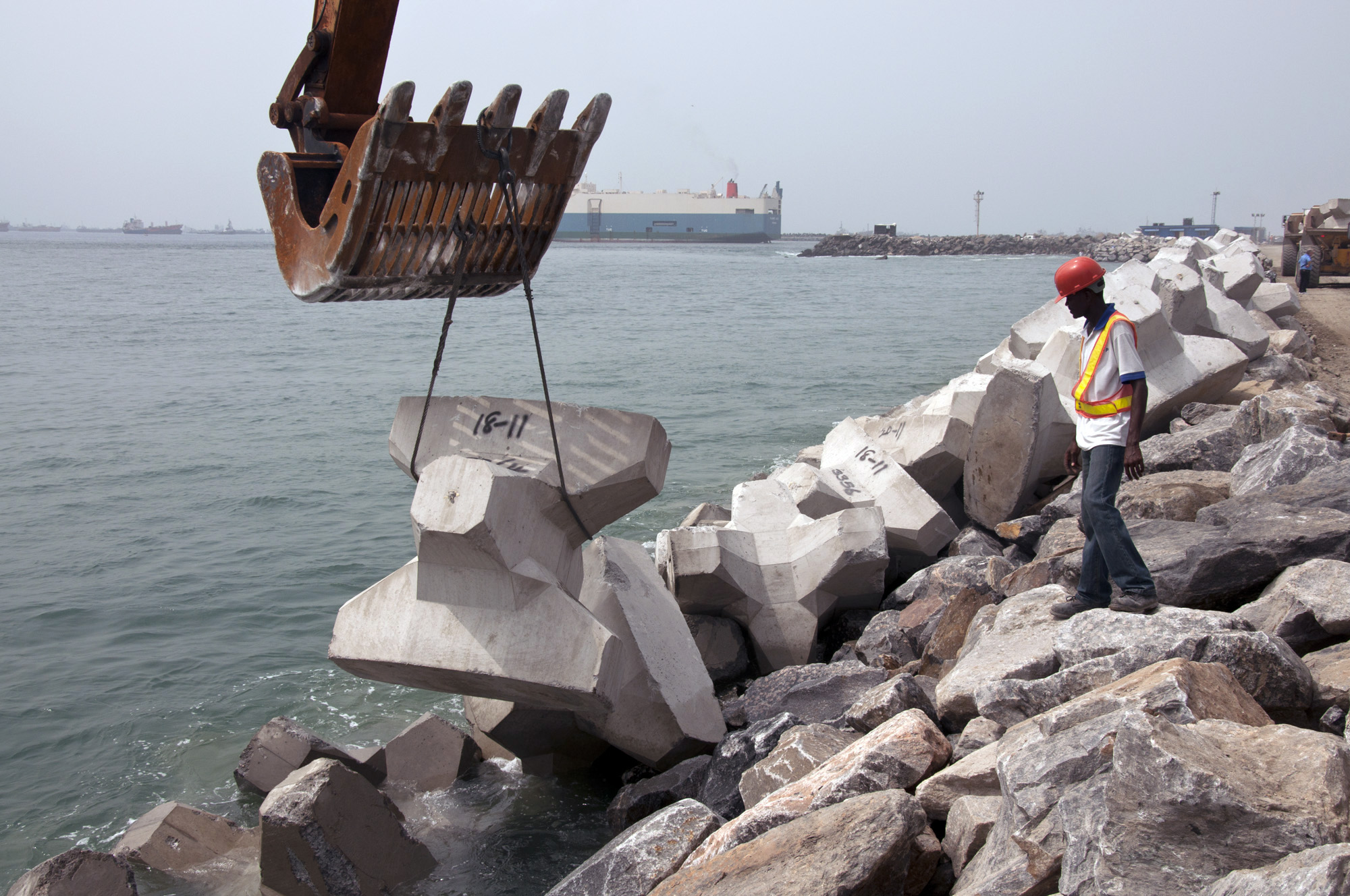 The History of The Great Wall of Lagos - Eko Atlantic